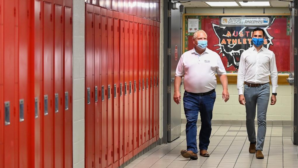 Menteri Pendidikan Ontario Mengungkapkan Detail Baru Untuk Siswa Pada Bulan September